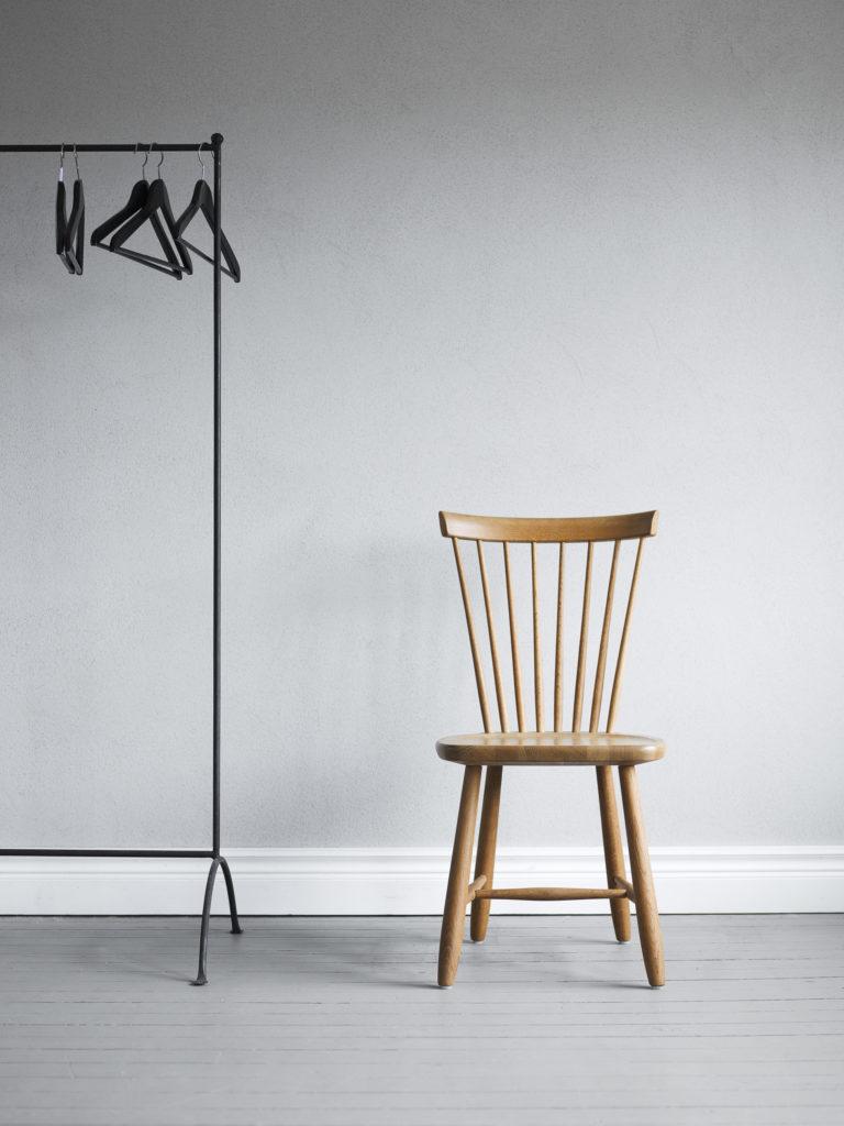 arket-chaise-carl-malmsten-mobilier-design-scandinave-lilla-aland-2