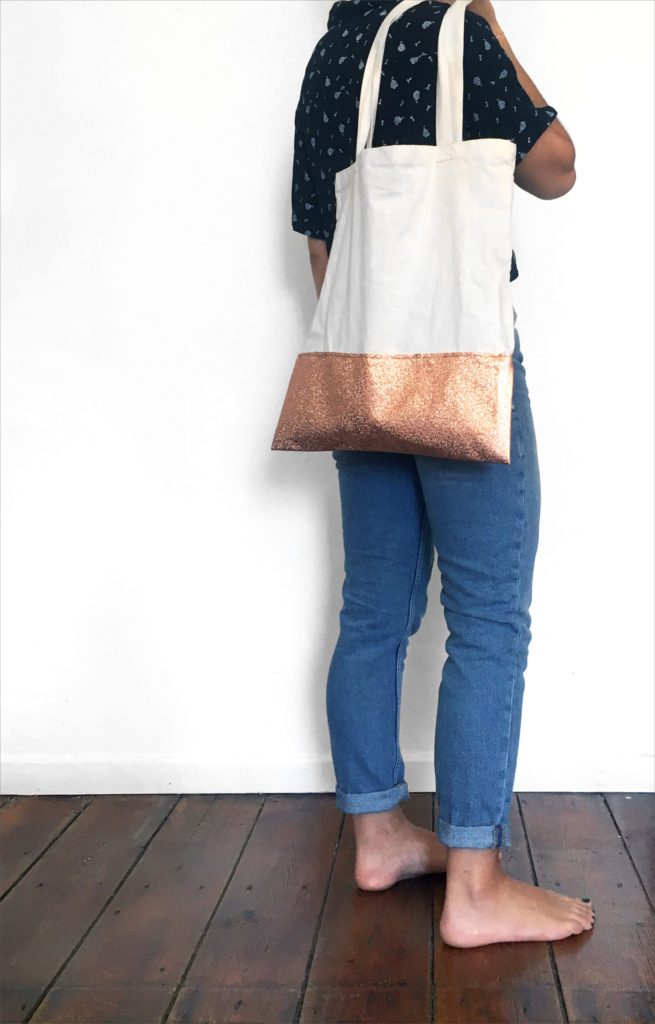 tote bag-diy-do-it-yourself-sac-toile-customisation-pimp-liege-skai-personnaliser