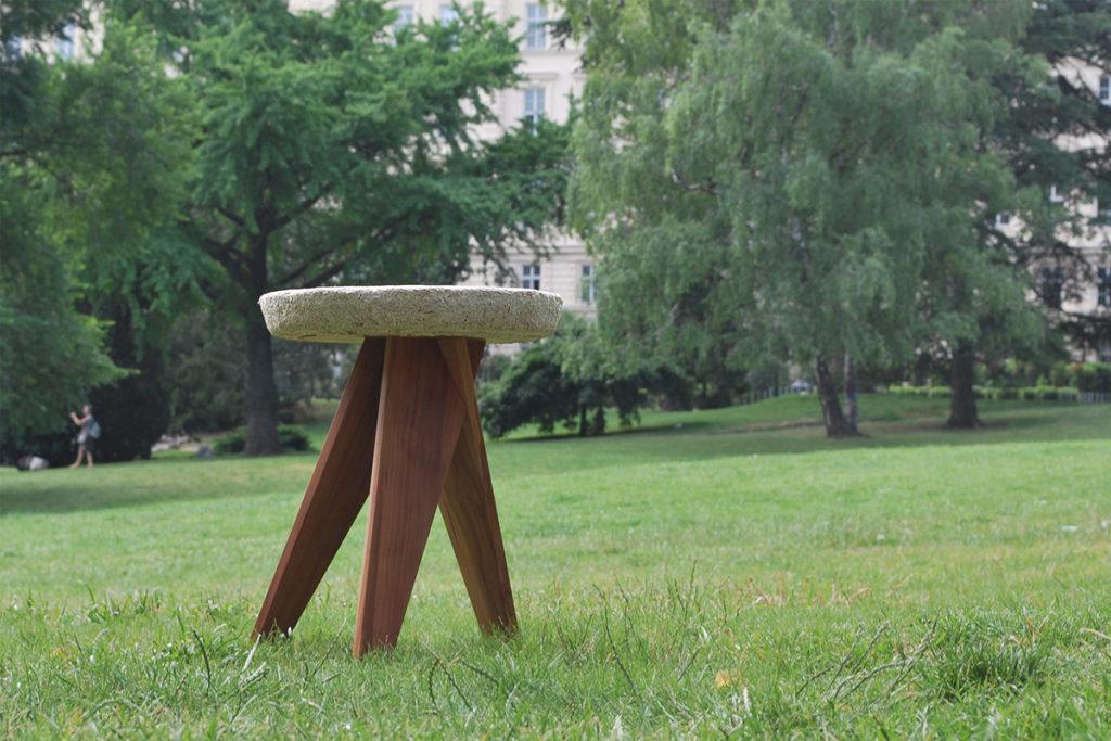 tabouret-a-base-de-champignon-mycelium-leon-van-der-veken-shiro-15