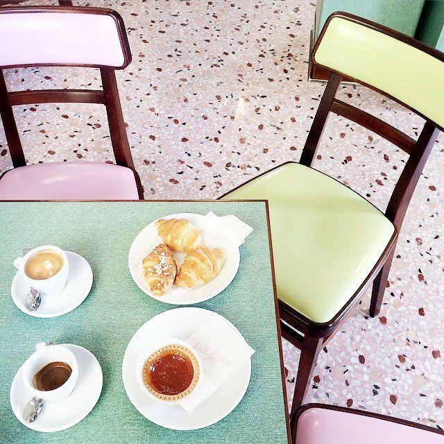 terrazzo-tendance-deco-Fondation Prada – Wes Anderson – Pink terrazzo – Bar Luce1