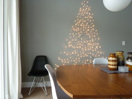 un-sapin-de-noel-plus-vert-diy-zero-dechet-do-it-yourself-inspiration-tendance-tutoriel-apartmenttherapy