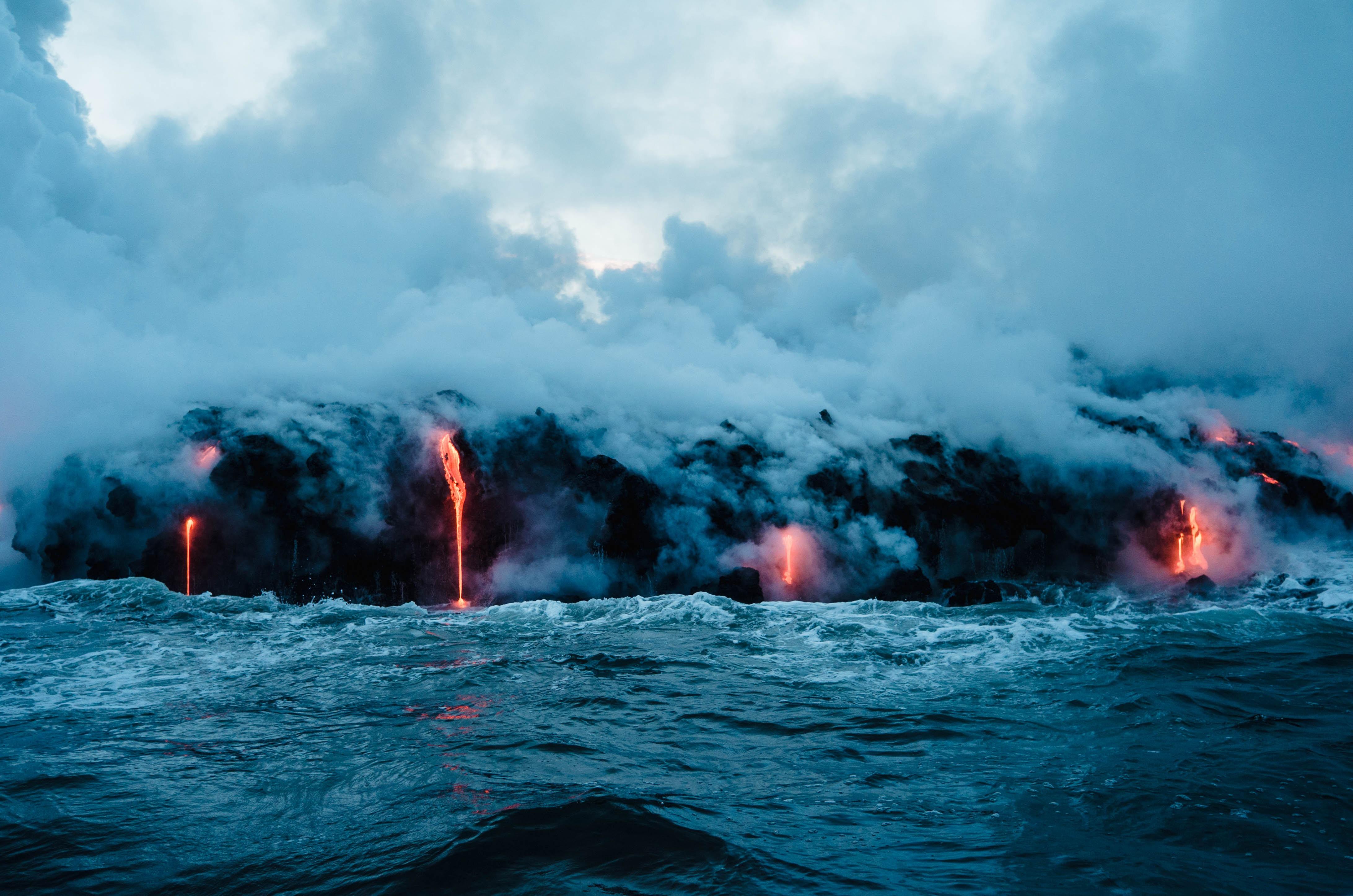 8-raisons-de-partir-en-vacances-a-hawai-volcan
