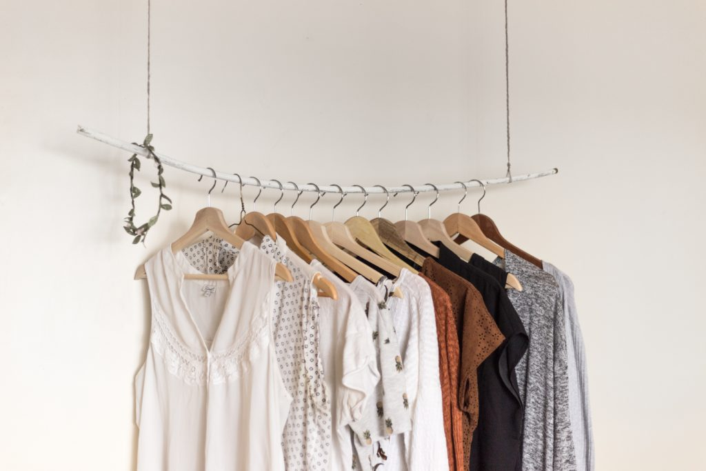 idee-de-resolution-nouvelle-annee-2018- Vide ta garde-robe