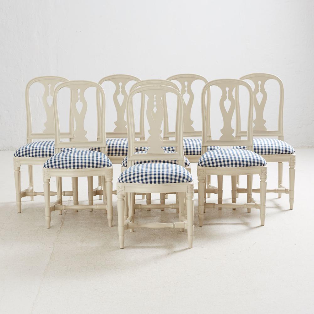 Série de fauteuils de la Collection 1700, adjugée 3 100 € par Stockholms Auktionsverk Online, Ikeaikea-vintage-rétro-kit-devenu-chic-vente-aux-encheres