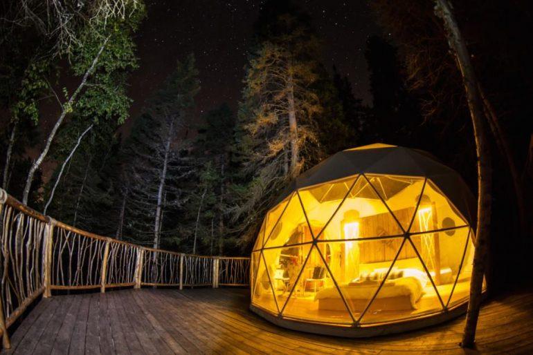 logement-insolite-10-cabanes-dans-les-arbres-a-louer-au-quebecParc Aventures Cap Jaseux – Saguenay–Lac-Saint-Jean