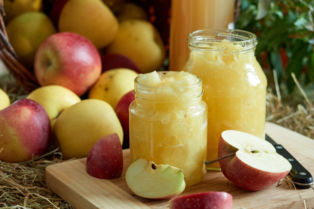 fruit-moche-compote-pomme-lutter-gaspillage-alimentaire-que-faire-avec-les-restes-de-noel-et-du-reveillon-2